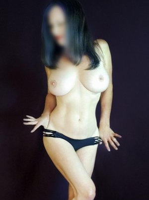 Nele milf incall escorts